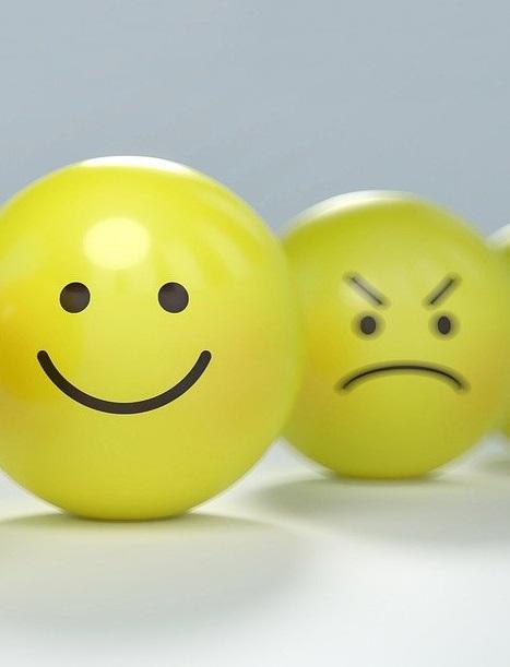 Как выразить эмоции на английском: список полезных слов